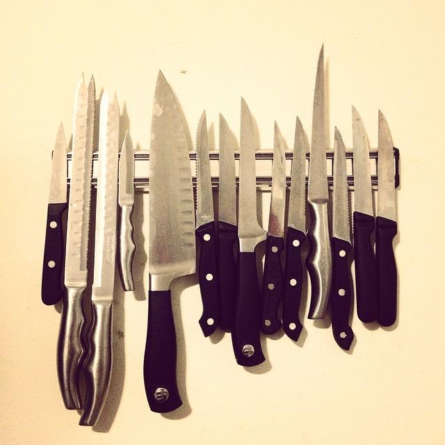 飲食店 プロの調理器具 揃えるなら「合羽橋道具街」と「ネット通販」どちらがお得