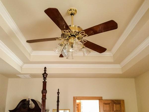 ceiling-fan-558988_640