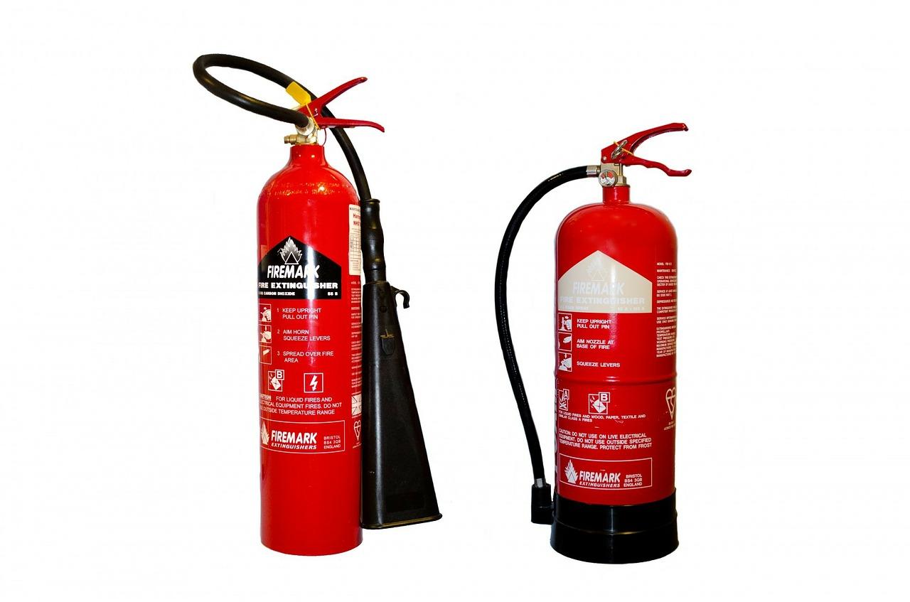 消防法改正 すべての飲食店に消火器設置義務化へ