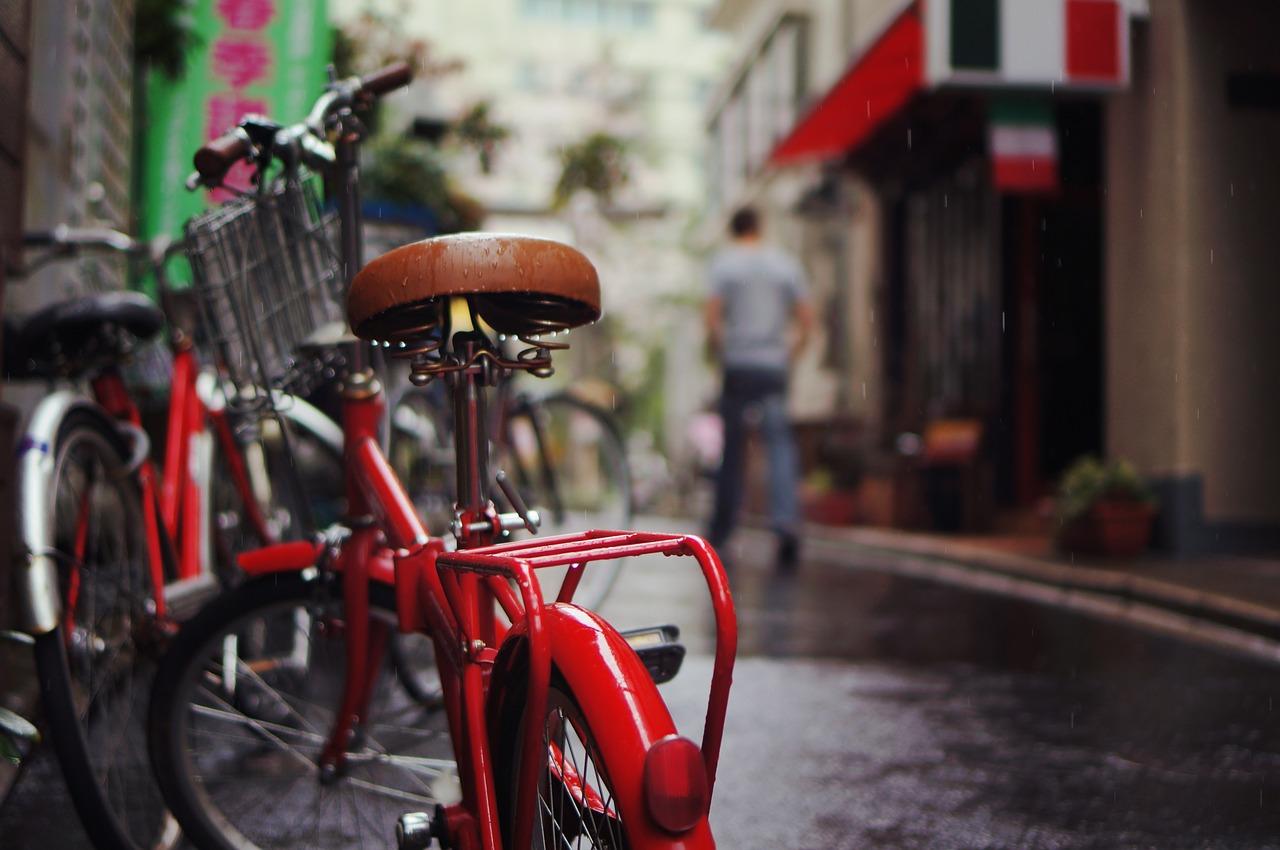 大家さんを悩ます 飲食店の自転車問題を解決する