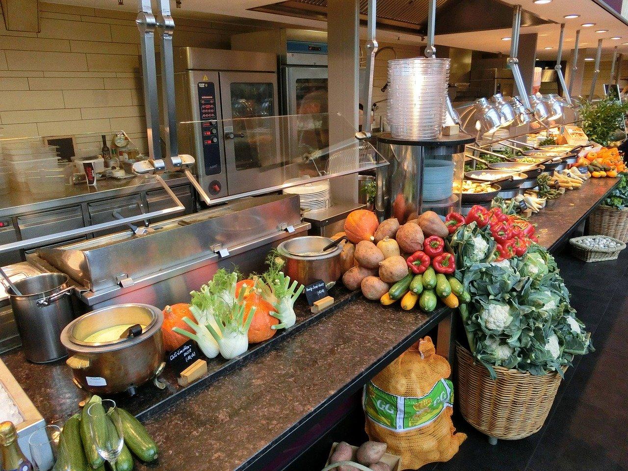 飲食店開業 立地選定で商圏調査は信じるな