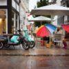 飲食店が梅雨時に備える大雨・豪雨対策グッズと来店客へのホスピタリティ